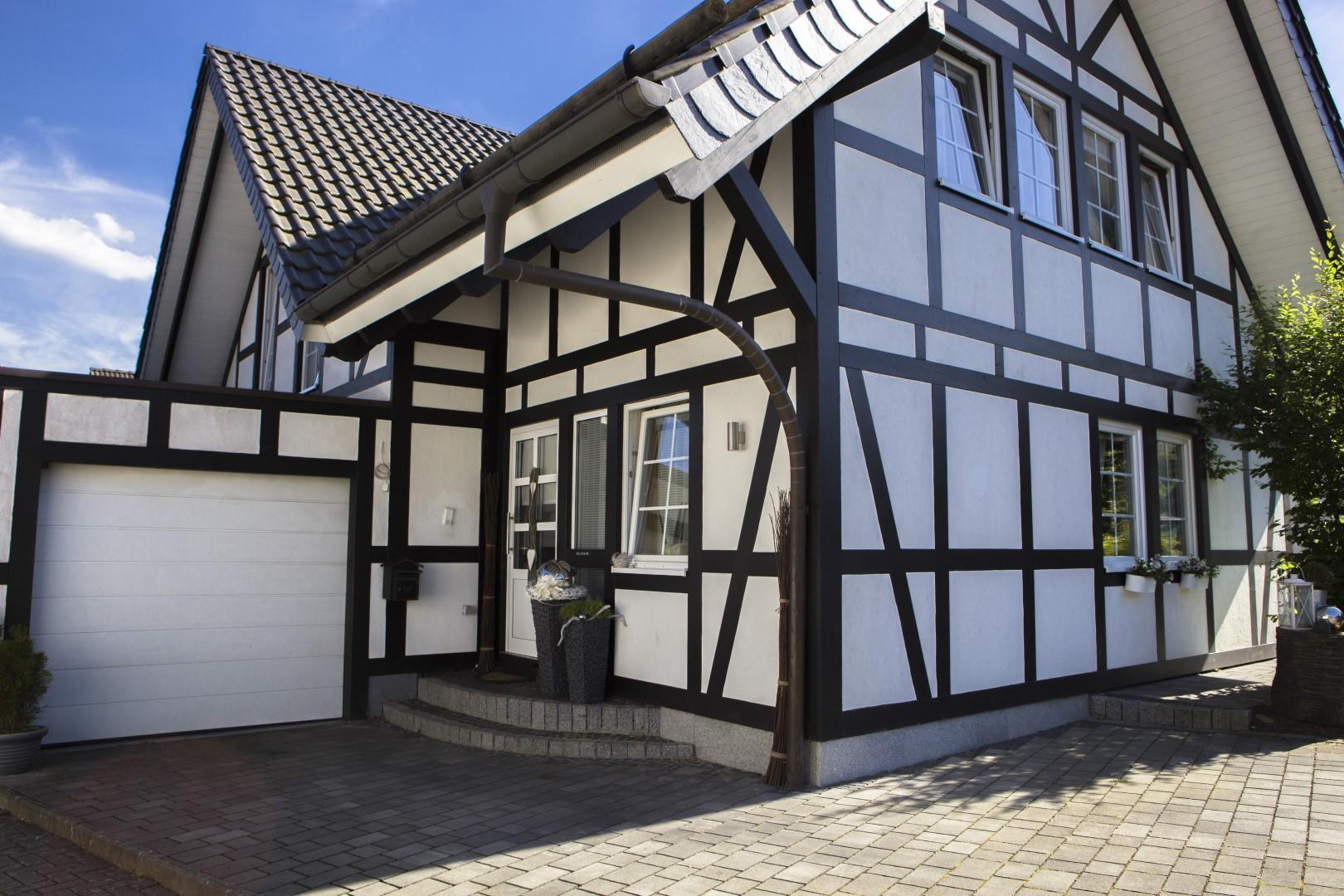 Dieses Haus ist ein Energiesparhaus, welches die neuesten energetischen Vorgaben einhält und gleichezeitig eine gemütliche Atmosphäre bietet