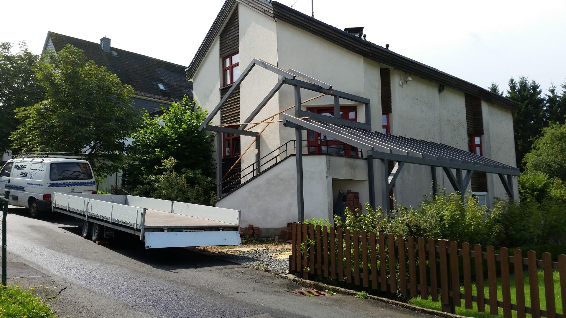 Vordach-mit-Carport-1-3